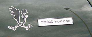 320px-1968_road_runner_emblem_va